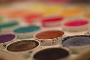 close-up paint colors